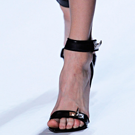 Givenchy - Spring/Summer 2012 Ready-to-Wear