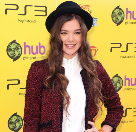 Hailee Steinfeld in Chanel | Variety's 5th Annual Power Of Youth Event