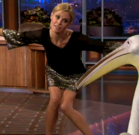 Julie Bowen in Alice + Olivia | 'The Tonight Show with Jay Leno'
