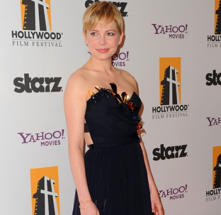 Michelle Williams in Nina Ricci   2011 Hollywood Film Awards Gala