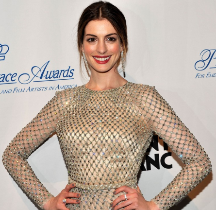 Anne Hathaway in Valentino | Princess Grace Awards Gala