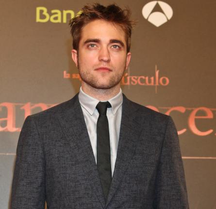 Robert Pattinson in Lanvin   'The Twilight Saga: Breaking Dawn - Part 1' Barcelona Premiere
