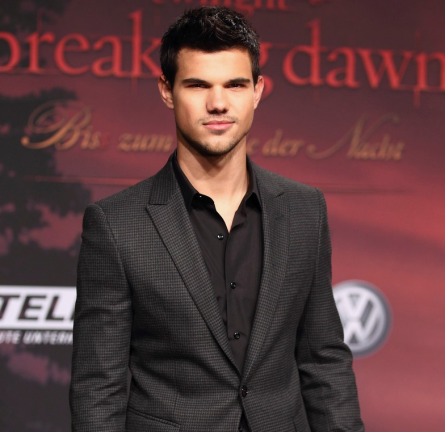 Taylor Lautner in Emporio Armani | 'The Twilight Saga: Breaking Dawn - Part 1' Berlin Premiere