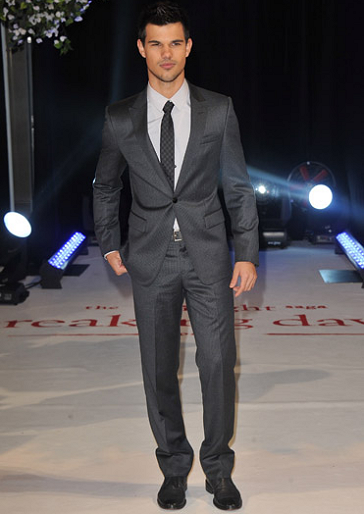 Taylor Lautner in Emporio Armani | 'The Twilight Saga: Breaking Dawn - Part 1' London Premiere
