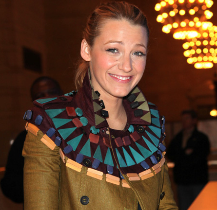 Blake Lively in Burberry Prorsum | Apple Store Grand Central Opening