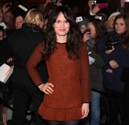 Elizabeth Reaser in Burberry Prorsum   'The Twilight Saga: Breaking Dawn - Part 1' Oslo Premiere
