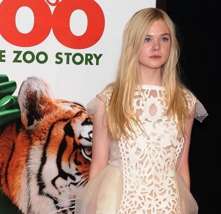 Elle Fanning in Louis Vuitton   'We Bought A Zoo' NY Premiere
