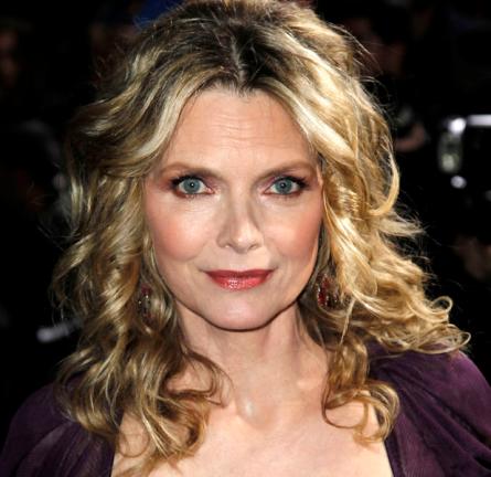 Michelle Pfeiffer in Dolce & Gabbana | 'New Year's Eve' LA Premiere