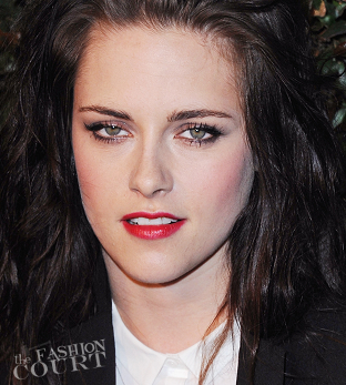 From Tip-to-Toe: Kristen Stewart's Cherry Bomb Pout!
