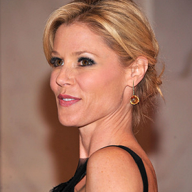 Julie Bowen in Monique Lhuillier | White House Correspondents' Association Dinner