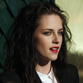 Kristen Stewart em Stella McCartney | Premiere 'My Valentine' Video Hosted by Paul McCartney & Stella McCartney