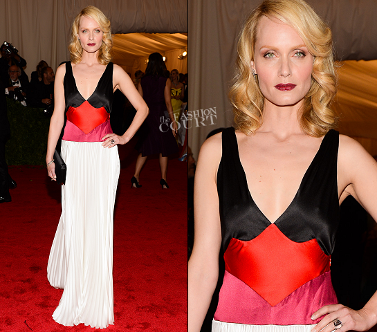 Amber Valletta in Prada | 2012 MET Gala