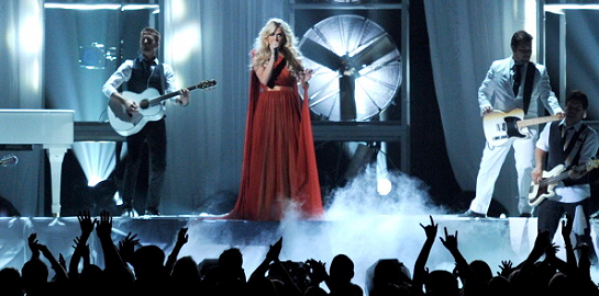 Carrie Underwood in Maria Lucia Hohan | 2012 Billboard Music Awards
