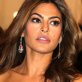 Eva Mendes is Launching a line of Makeup