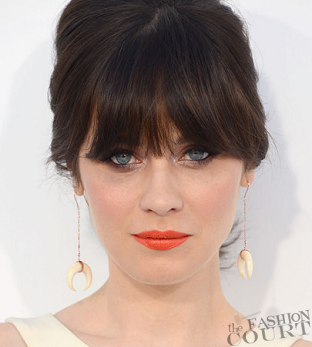 From Tip-to-Toe: Zooey Deschanel Rocks Orange Crush Lips!