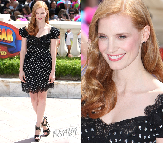 Jessica Chastain in Dolce & Gabbana | 2012 Cannes Film Festival - 'Madagascar 3' Photocall