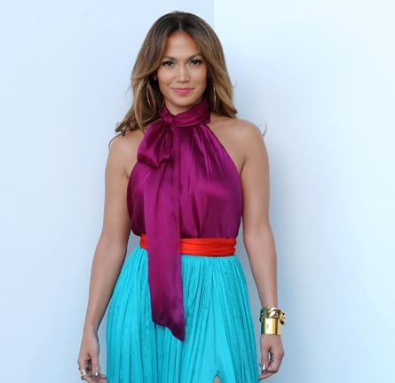 Jennifer Lopez in Salvatore Ferragamo | 'American Idol' Season 11 Top 3 To 2 Live Elimination Show