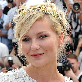 Kirsten Dunst in Dolce & Gabbana   2012 Cannes Film Festival - 'On The Road' Photocall