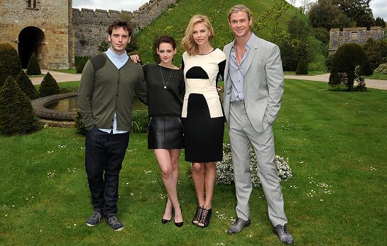 Kristen Stewart in Louis Vuitton | 'Snow White and the Huntsman' Arundel Photocall