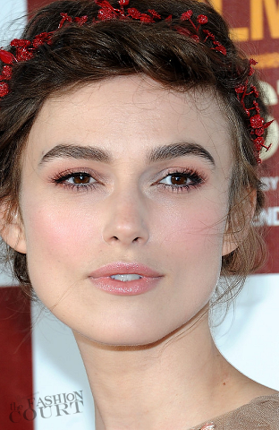 Get The Look: Keira Knightley Is Something Out of a Fairytale in Chanel