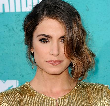 Get The Look: 2012 MTV Movie Awards – Nikki Reed
