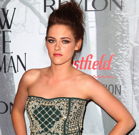 Kristen Stewart in Balmain | 'Snow White and the Huntsman' Sydney Premiere