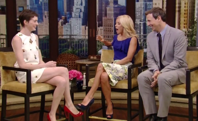 Anne Hathaway in 3.1 Phillip Lim | 'LIVE! with Kelly'