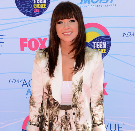 Carly Rae Jepsen in Lisa Ho | 2012 Teen Choice Awards