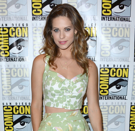 lyndsy fonseca � the fashion court