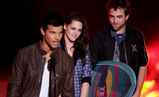 Taylor Lautner in Levi's Vintage & Acne | 2012 Teen Choice Awards