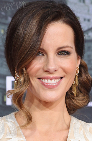 Get The Look: Kate Beckinsale's Shimmering Glow at the 'Total Recall' German Premiere!