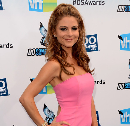 Maria Menounos in Gomez-Gracia   2012 Do Something Awards