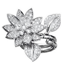 Van Cleef & Arpels Diamond LOTUS Ring