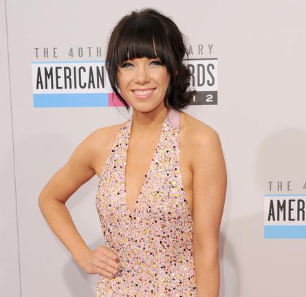 Carly Rae Jepsen in Gomez-Gracia   2012 American Music Awards