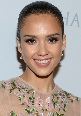 Jessica Alba's Make-Up Artist Tells You How to Get Her Luminous Look!