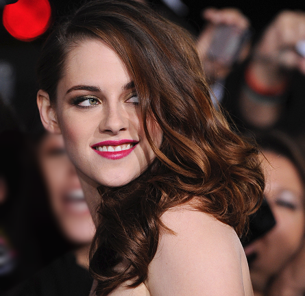 A Golden Vampire: Get Kristen Stewart's Glam Look from the 'Breaking Dawn - Part 2' Premiere