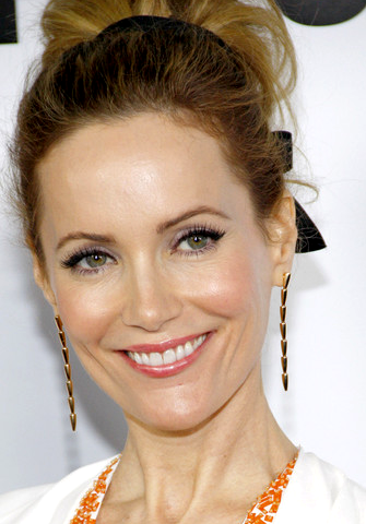 Get Leslie Mann's Radiant Look from the 'This Is 40' Hollywood Premiere!