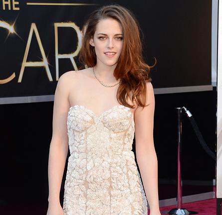 Kristen Stewart in Reem Acra | 2013 Oscars
