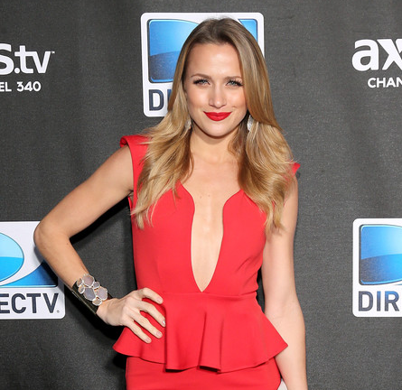Shantel VanSanten in AGAIN | DIRECTV Super Saturday Night