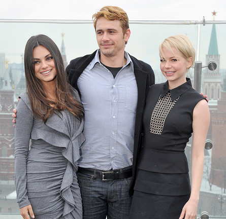 Mila Kunis in Givenchy & Michelle Williams in Victoria Beckham | 'Oz: The Great and Powerful' Moscow Photocall
