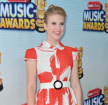 Caroline Sunshine in Alice + Olivia | 2013 Radio Disney Music Awards