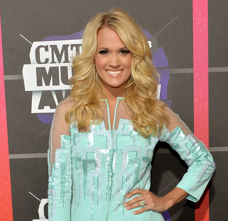 Carrie Underwood in EDITION by Georges Chakra | 2013 CMT Music Awards