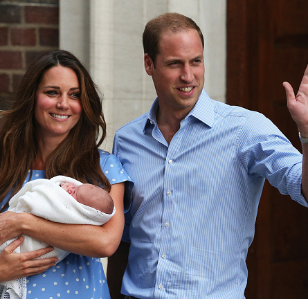 Catherine, Duchess of Cambridge Debuts the #RoyalBaby wearing Jenny Packham!
