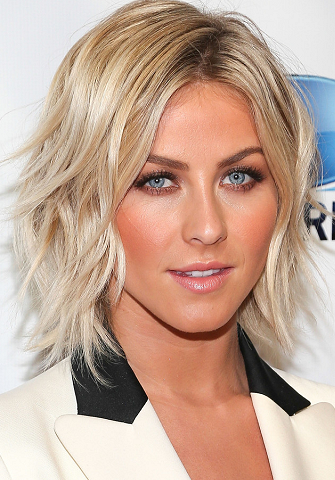 """Get the Look: Julianne Hough's Summer """"Paradise"""" Glow!"""