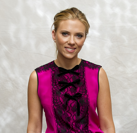 Scarlett Johansson in Andrew Gn & Roland Mouret | 'Don Jon' Press Conference - 2013 Toronto International Film Festival