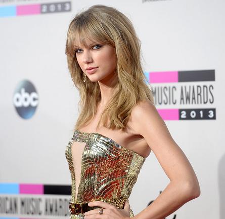 Taylor Swift in Julien Macdonald | 2013 American Music Awards
