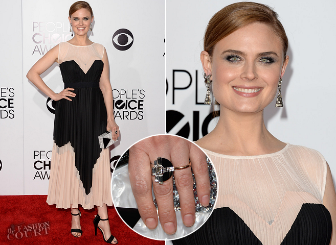 Emily Deschanel in BCBGMAXAZRIA | 2014 People's Choice Awards