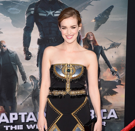 Elizabeth Henstridge in Badgley Mischka | 'Captain America: The Winter Soldier' Hollywood Premiere