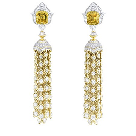 Van Cleef & Arpels Pierres De Caractère Precious Light Earrings