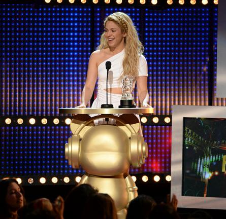 Shakira in Cushnie et Ochs | 2014 Radio Disney Music Awards